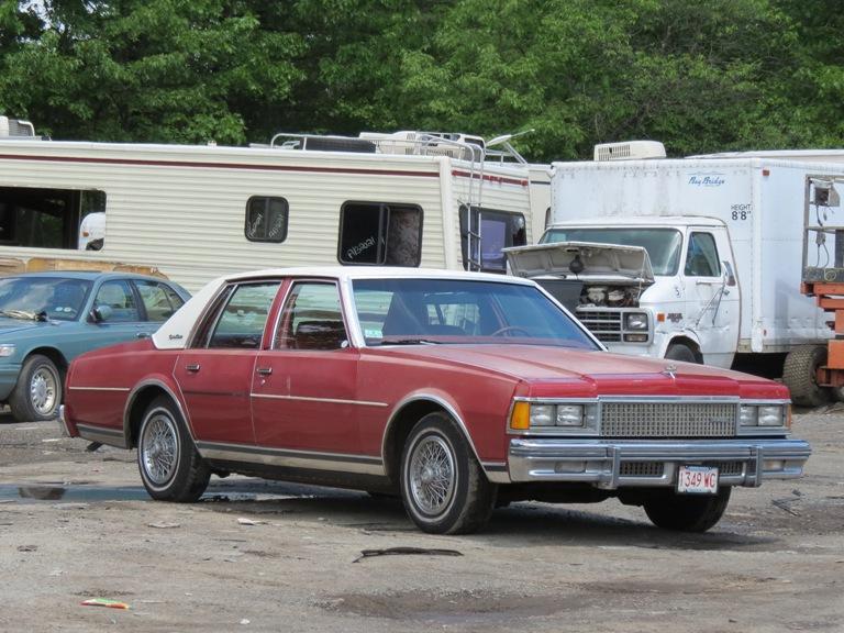 Hood hinge area rust issues 81