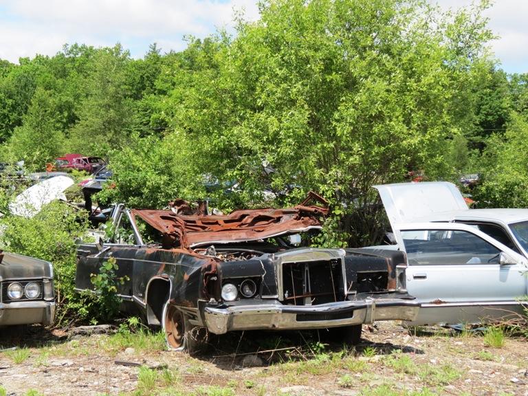 Hood hinge area rust issues Lincoln